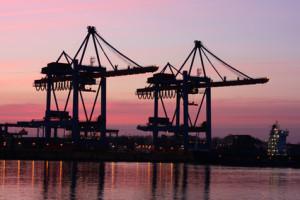 Bewerbung als Fachkraft für Hafenlogistik